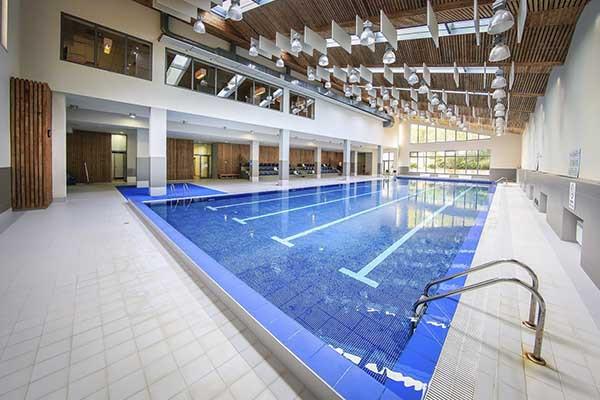 indigo camp басейн